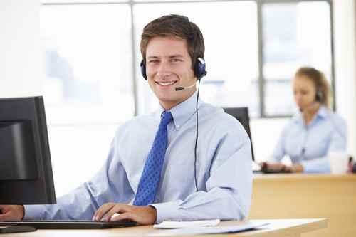 Mitarbeiter im Follow Up Call